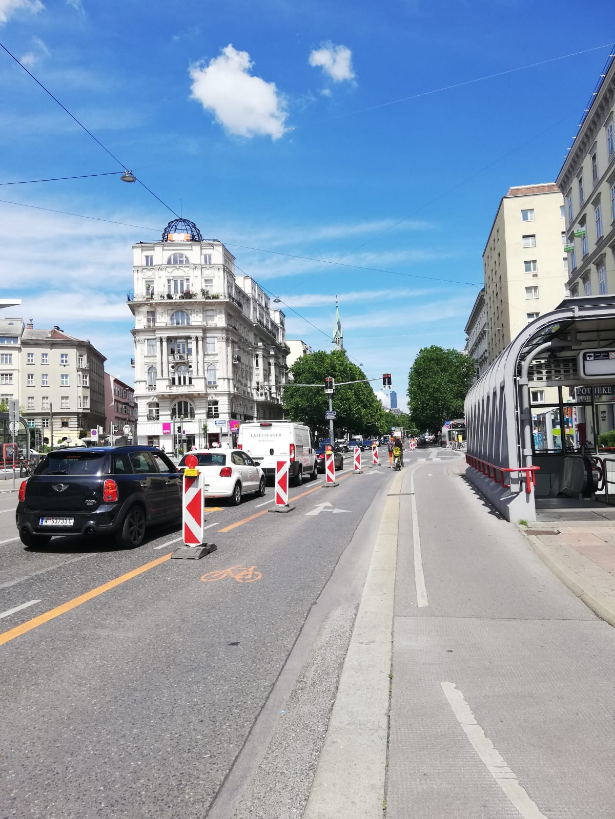 PlaceCity Walk Vienna Pop-up bike lane in Vienna